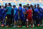 PIALA GUBERNUR KALTIM : Arema Fokus Hadapi Sriwijaya FC Dalam Perebutan Tempat Ketiga