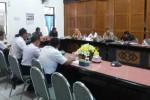 LAHAN PT KAI : Kepala PT KAI Daops VII Madiun Absen Rakor, Legislator Geram
