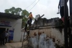 ASET PT KAI : 60 Petugas Keamanan Kawal Pembongkaran Gudang PT KAI di Madiun