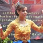 Mahasiswa Asing Unjuk Tarian Tradisional Indonesia di Tembalang