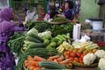 HARGA KEBUTUHAN POKOK : Harga Sayuran Mulai Turun