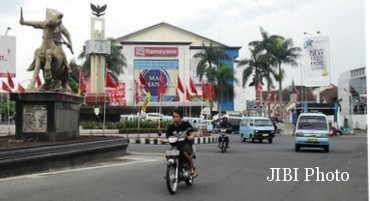 Ilustrasi jalanan Kota Salatiga. (Flickriver.com)