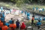 Refleksi semangat hari bumi dalam perayaan hari buruh (Mayday) di AQUA Klaten