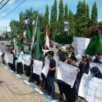 DEMO PONOROGO : HMI Ponorogo Tuntut Wakil Ketua KPK Saut Situmorang Mundur
