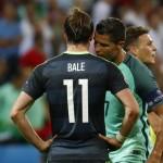 PORTUGAL VS WALES : Peluk Bale, Ternyata Ini yang Dibisikkan Ronaldo Usai Laga