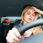 Ilustrasi mengantuk ketika mengemudi. (Edmunds.com)