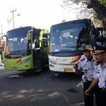 LEBARAN 2016 : 7 Bus Angkut 427 Pemudik Asal Kota Madiun ke Surabaya