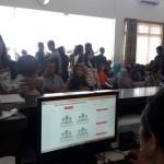 Ratusan warga mengantre layanan administrasi kependudukan di Kantor Dinas Kependudukan dan Catatan Sipil (Disdukcapil) Boyolali, Selasa (12/7/2016). (Hijriyah Al Wakhidah/JIBI/Solopos)