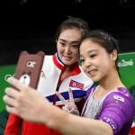 OLIMPIADE 2016 : Selfie Bareng Atlet Korsel dan Korut Selfie Tuai Pujian