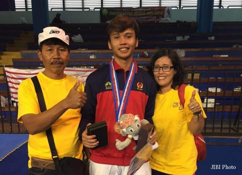 PON 2016 : Taekwondoin Solo Sumbang 3 Medali