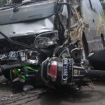 Gagal Nyalip, Perempuan Pengendara Motor di Boyolali Jatuh dan Terlindas Bus