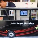 FOTO INFO BELANJA : Miniatur Bus Salatiga Bisa Rp10 Juta/Unit