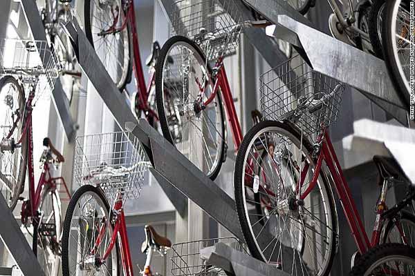 Ada Rencana Mal dan Sekolah Wajib Sediakan Parkir Khusus Sepeda, Setuju?