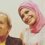 Rossa Sewa Jasa Fotografer Jalanan untuk Abadikan Konsernya