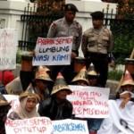 PABRIK SEMEN PATI : Serikat Karyawan Adukan Warga ke Polisi