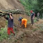 LONGSOR BOYOLALI : Jalur Selo-Ampel Masih Longsor dengan Skala Kecil