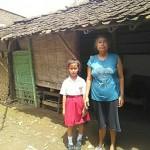 Yatim Piatu, Bocah Cerdas Boyolali Ini Diasuh Neneknya di Gubuk Reyot