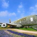 KISAH UNIK : Cantiknya, Pesawat Berlapis Bunga Terbesar di Dunia