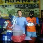 Selundupkan Benih Lobster, 2 Pria Ini Ditangkap Polisi Trenggalek