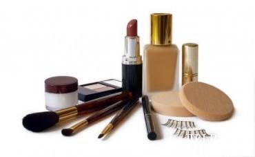 Ilustrasi kosmetik (thesmartmama.com)