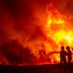 FOTO KEBAKARAN DEMAK : Begini Dahsyatnya Kebakaran Pabrik Mebel
