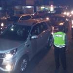 MALAM TAHUN BARU 2017 : Kendaraan Antre Masuk Pantai Parangtritis