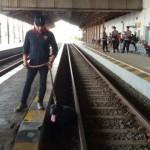 NATAL 2016: Antisipasi Bom, Polisi Madiun Kerahkan 2 Anjing Pelacak di Stasiun Madiun