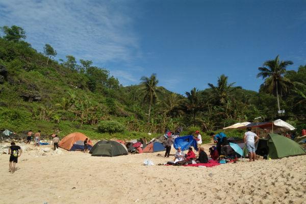 wisata camping di jogja WISATA GUNUNGKIDUL Lagi Ngehits Camping Di Pantai Dan