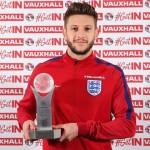 Kalahkan Jamie Vardy, Adam Lallana Pemain Terbaik Inggris 2016