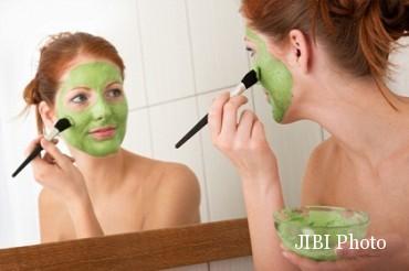 Penggunaan masker wajah (She Knows)