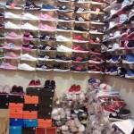 PASAR TRADISIONAL SOLO : Cari Sepatu Mewah Tapi Murah? Yuk Ke Gilingan