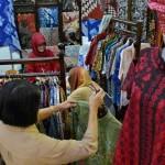 FOTO USAHA MIKRO KECIL DAN MENENGAH : Pelaku UMKM Jateng Pamer di Mal Semarang