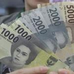 LEBARAN 2017 : Baru Dibuka, Antrean Tukar Uang di Salah Satu Bank Solo Langsung Ludes