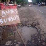 "INFRASTRUKTUR SRAGEN : Awas, Banyak ""Sumur"" di Jl. H.O.S. Cokroaminoto!"