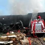 KEBAKARAN SUKOHARJO : Terbakar, Pabrik Tripleks di Nguter Rugi Hingga Rp13 Miliar