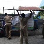 PENATAAN PKL SOLO : Lapak PKL di Jl. Kolonel Sutarto Dibongkar Paksa