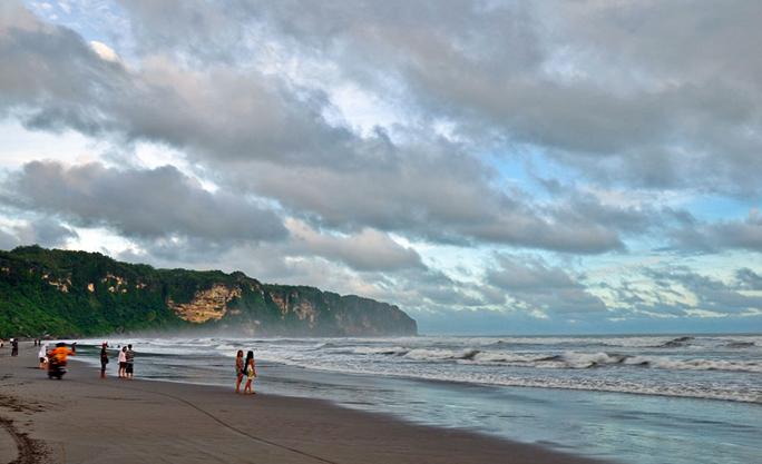 Pemkab Bantul Ajukan Pantai Parangtritis untuk Dibuka