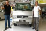 MOBIL TERBARU : New Carry Pick Up Sasar Pebisnis Muda