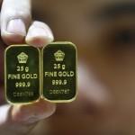 Harga Emas Antam Hari Ini Turun Rp3.000 Jadi Rp611.000/Gram