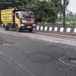 INFRASTRUKTUR BOYOLALI : Banyak Lubang di Jalan Provinsi dan Nasional, Warga Minta Perbaikan