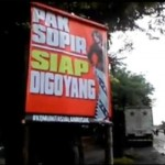 INFRASTRUKTUR DEMAK : Banyak Jalan Berlubang, Poster Sindiran Bertebaran