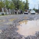 INFRASTUKTUR BOYOLALI : Sejumlah Jalan Menuju Bandara Adi Soemarmo Rusak Parah
