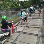 INFRASTRUKTUR SEMARANG : Jembatan Baru di Genuk Rusak, Netizen Heran
