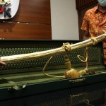 Kemenlu Juga Dapat Pedang Emas dari Arab, Ini Kata Menlu