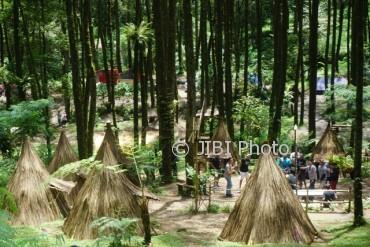 Kemping ala Suku Indian di Sekipan, Tawangmangu, Karanganyar (Mariyana Ricky/JIBI/Solopos)