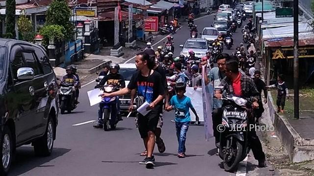 PROYEK PANAS BUMI KARANGANYAR : Hari Ini, Ribuan Orang Aksi Damai di Gedung DPRD