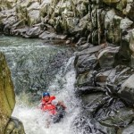 WISATA KENDAL : Tubing di Genting, Wisata Alam Pemacu Adrenalin