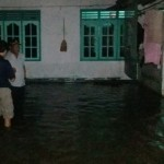 BANJIR KLATEN : Luapan Air Genangi Jalan Jogja-Solo dan Permukiman