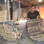 Kontainer Langka, Ratusan Kerajinan Rotan Warga Gatak Sukoharjo Ngendon di Gudang