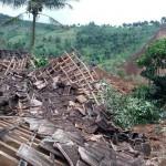 BPBD Jamin Makanan 200 Pengungsi Korban Longsor Ponorogo